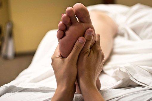 Foot massage copie